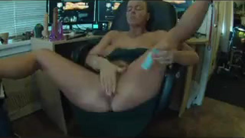 Trying Out Her New Anal Toy
