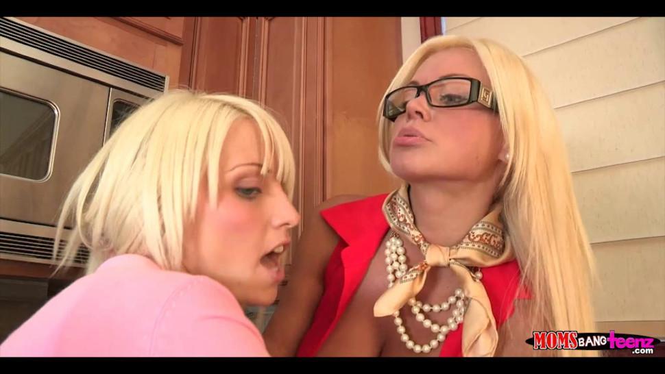 Blonde and Blonde kitchen threesome
