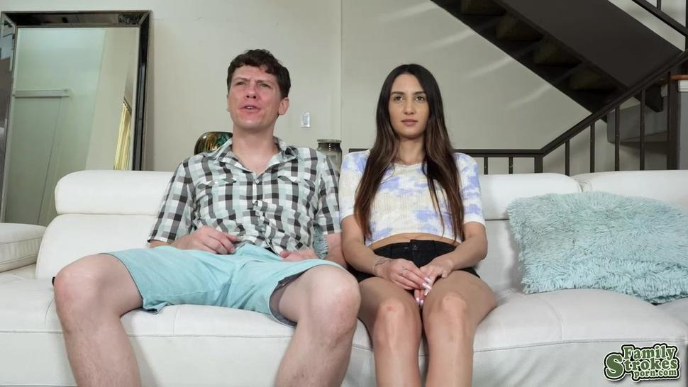 Natalia shows off her pussy to get the remote