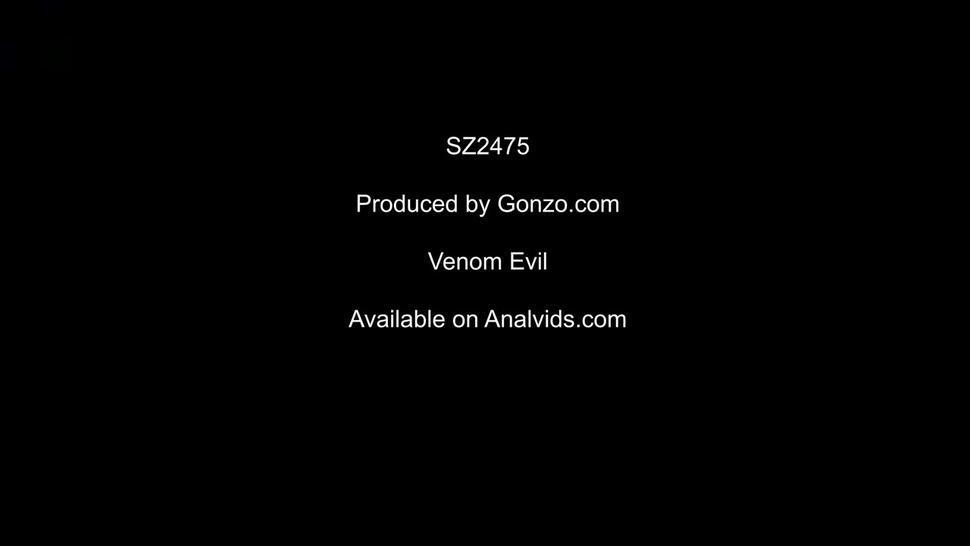Venom Evil is a piss drinking slut! (first time drinking piss) SZ2475