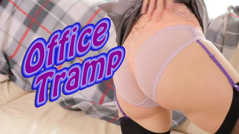 StockingVideos - Secretary in a tight skirt and stockings