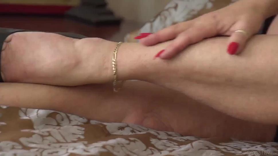 Masturbating hairy pussy