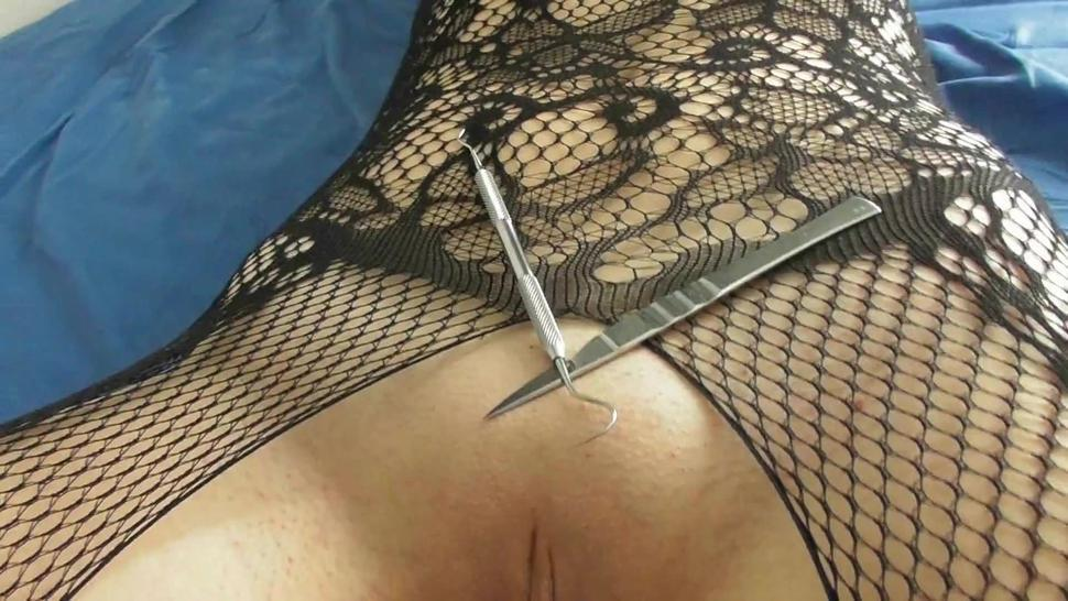 Mistress Bubble cuts her slave with scalpel anal fisting REAL PAIN REAL DOMINATION femdom (trailer)
