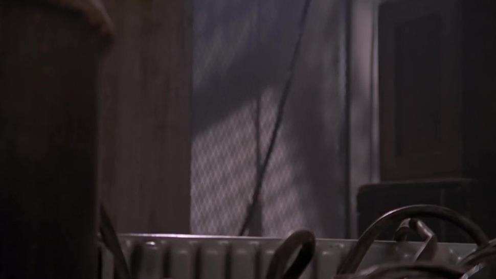 Sarah Michelle Gellar - Buffy S02E16 (caught naked ENF (HD widescreen))