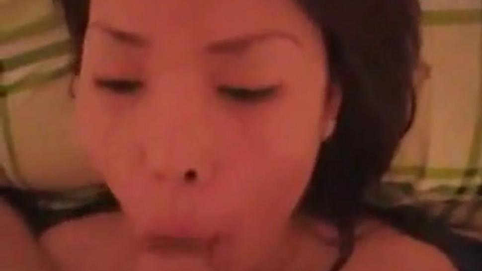 Asian blowjob and facial