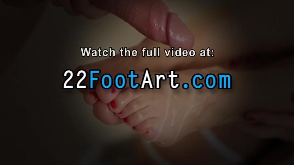 Horny babe gets feet jizzed