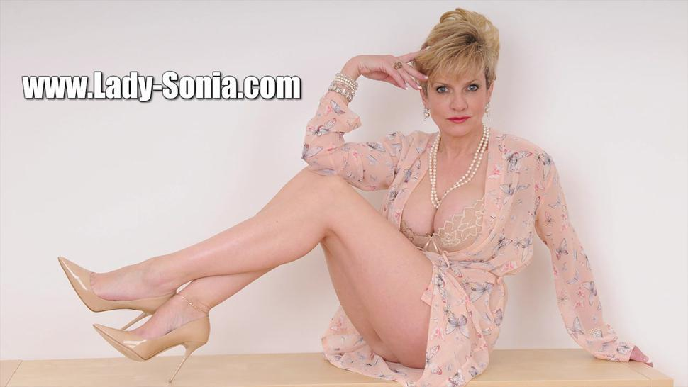 Mature Lady Shows Boobs And Amazing Pantyhose - Kate Anne