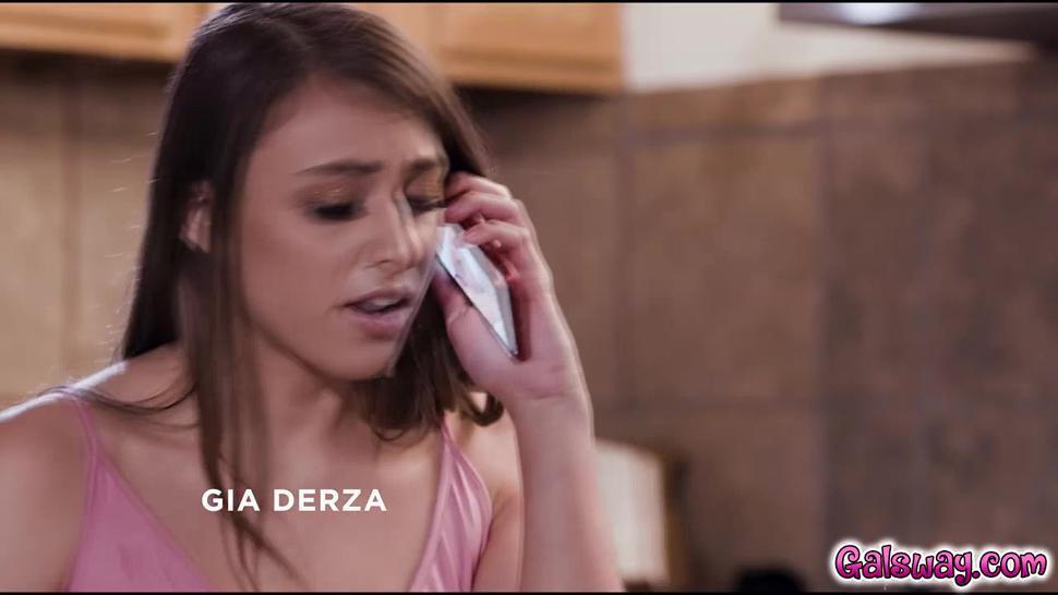 Gia show off her sex skills to her stepmom Sarah