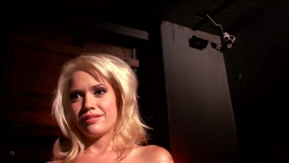 Hot blonde MILF slut getting double penetrated