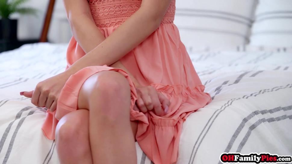 Skinny blonde teen stepsister fighting with her bad side