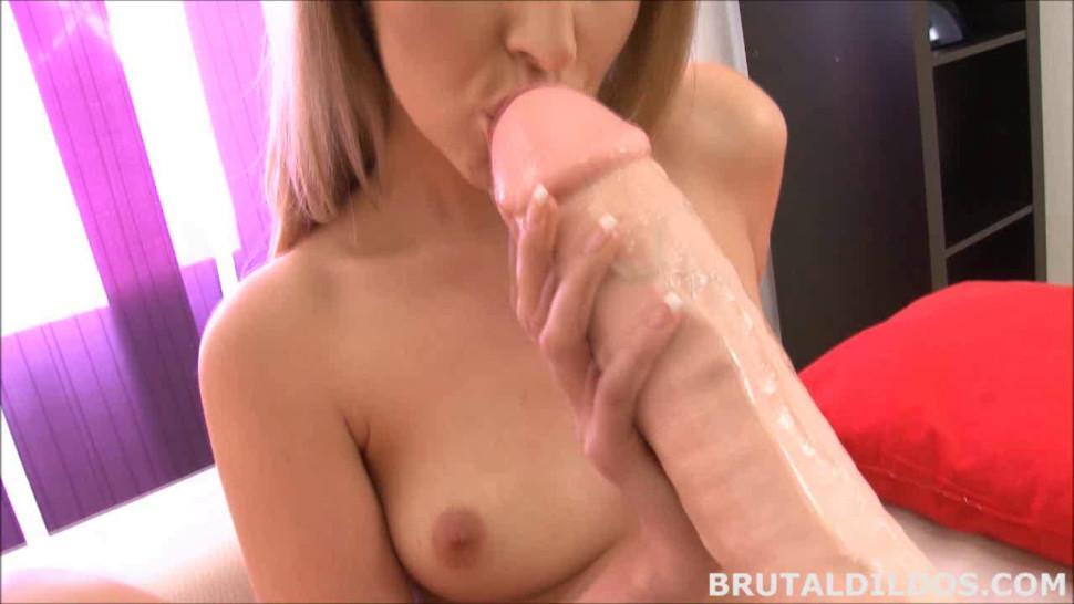 BRUTAL DILDOS - Tight blonde Jenny Simons gaped by brutal dildo machine