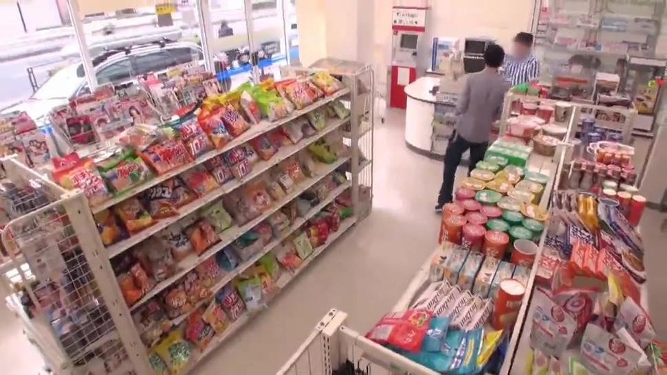 Japanese Teen Girl Fucked By Guy Convenience Store Wc