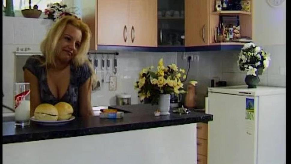 Pregnant Vivian Silverstone