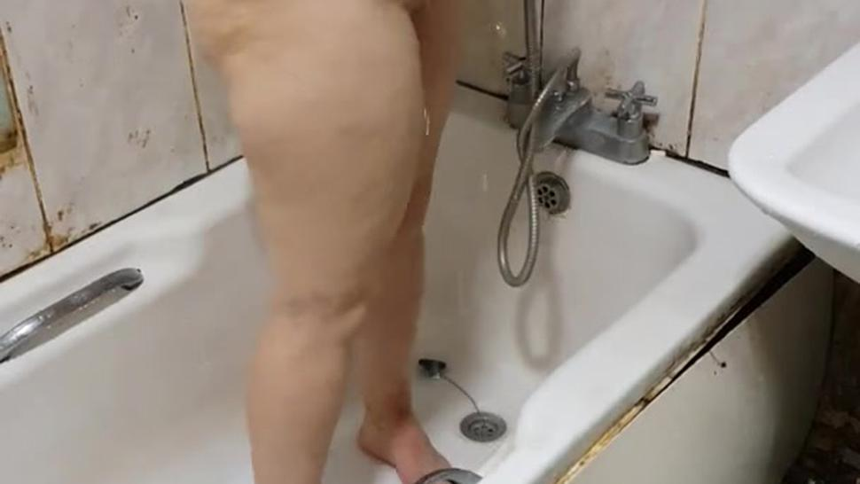 Step mother fucked in the bathroom by step son with 12 inch of dick in quarantine