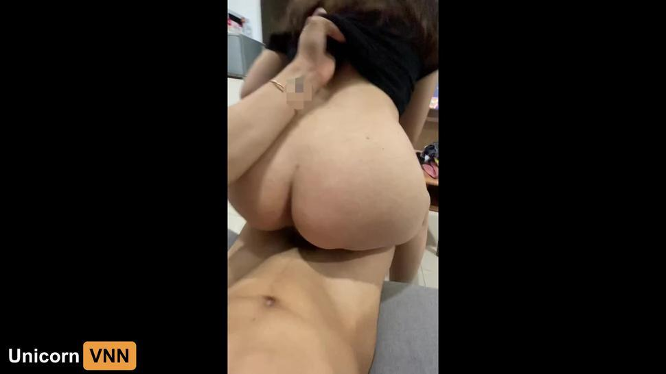 Vietnam Girl- My Wife Riding My Cock In Free Time