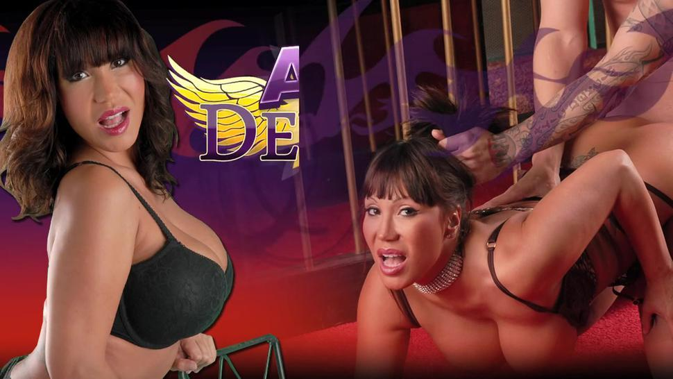 Sizzling Hot Oil Anal Action - Ava Devine
