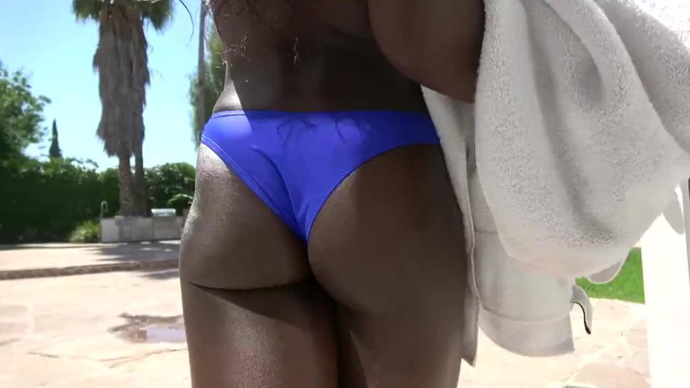 Ebony Cumslut Showcase: Ana Foxxx