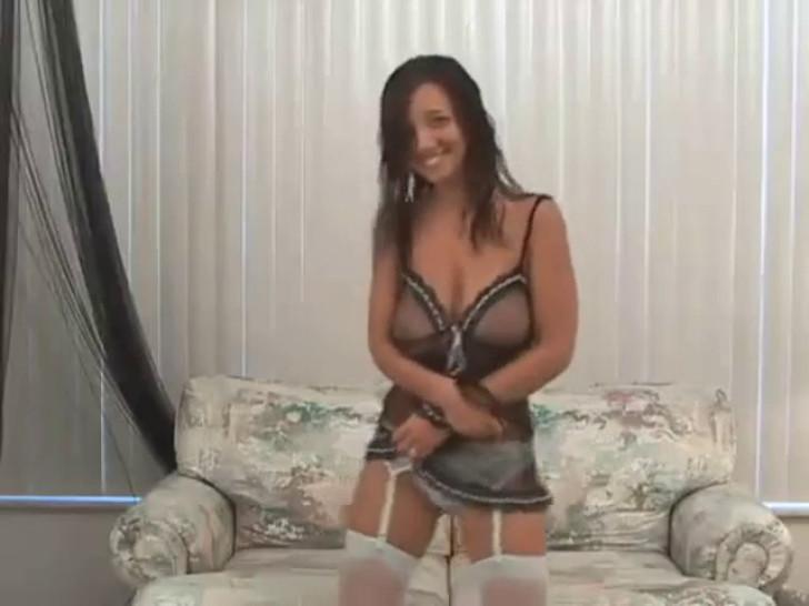 dancing boobs - video 2