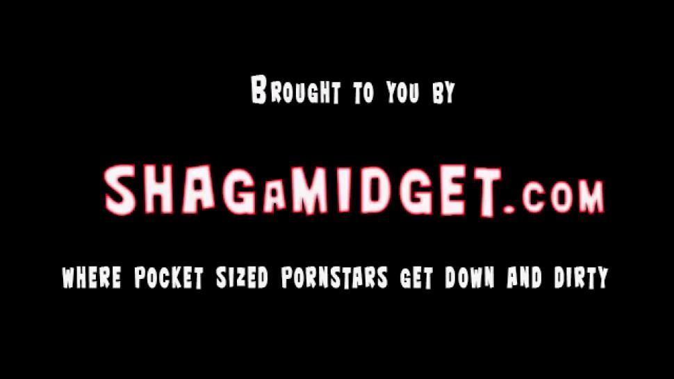 Slutty Midget Interracial Shagged - video 1