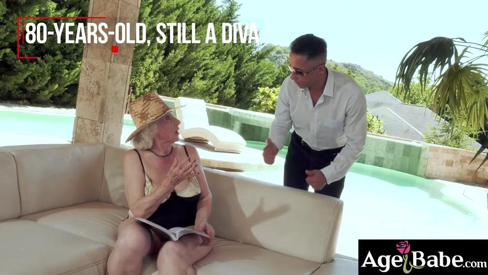 Mugur splashed his big sticky load on granny Normas  pussy