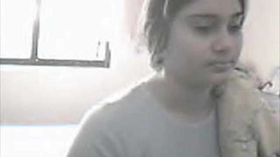 Sri Lankan woman masturbating