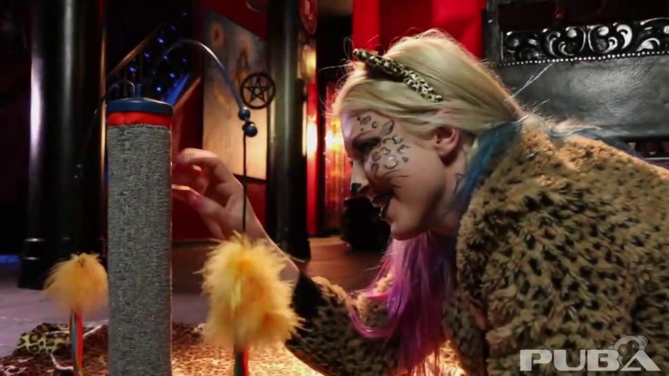 Puba - Jen Hexxx helps Leya the cat do a milk enema!