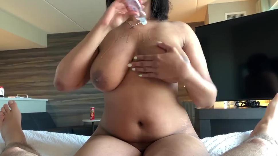 Hand job/tit job leads to cumshot on her huge boobs