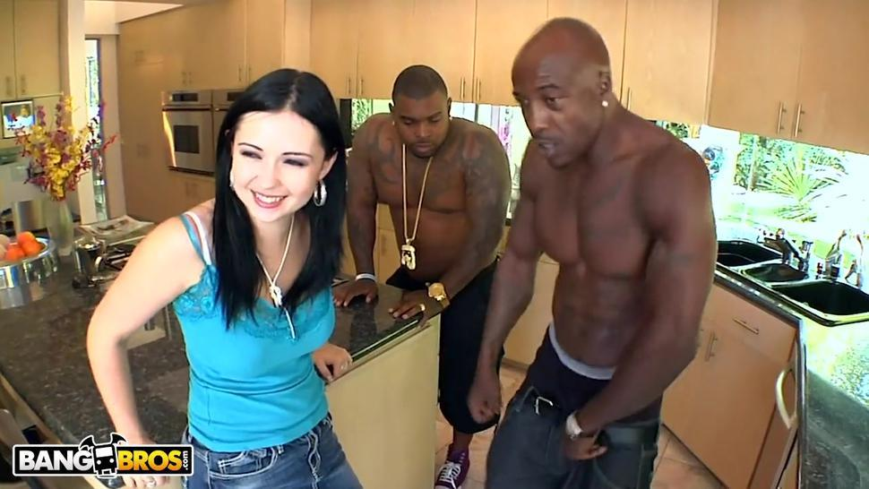 BANGBROS - Curvy PAWG Angell Summers Interracial DP With Rico Strong & Wesley Pipes