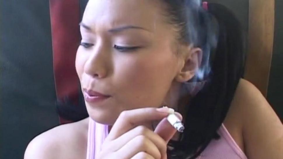 Sex In The School Bus - Avena Lee