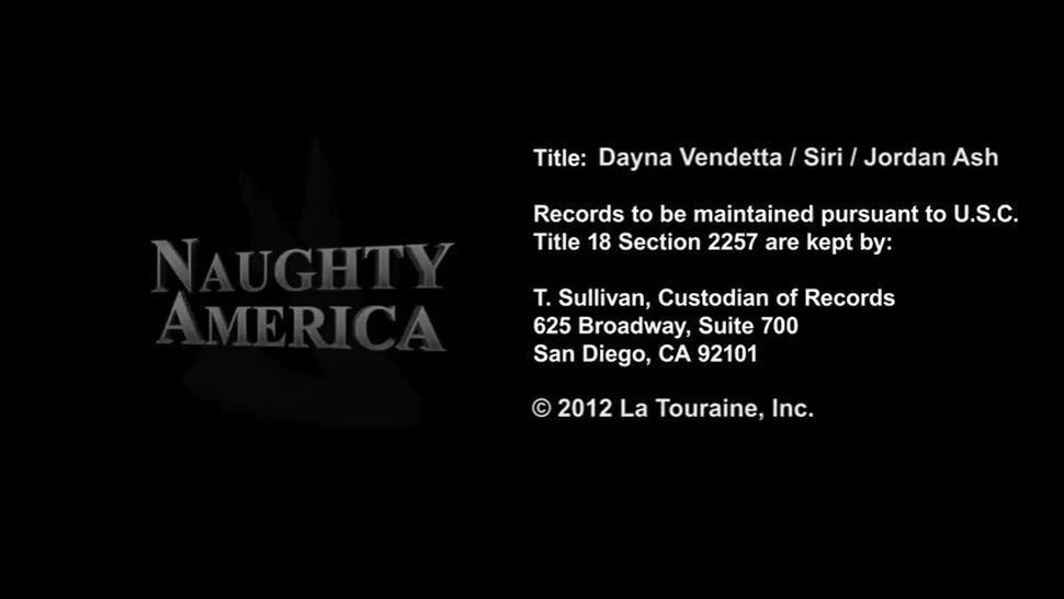 Siri & Dayana Vendetta