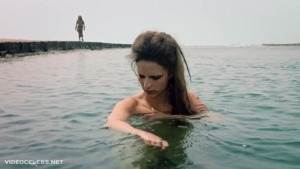 Paulette Hernandez nude