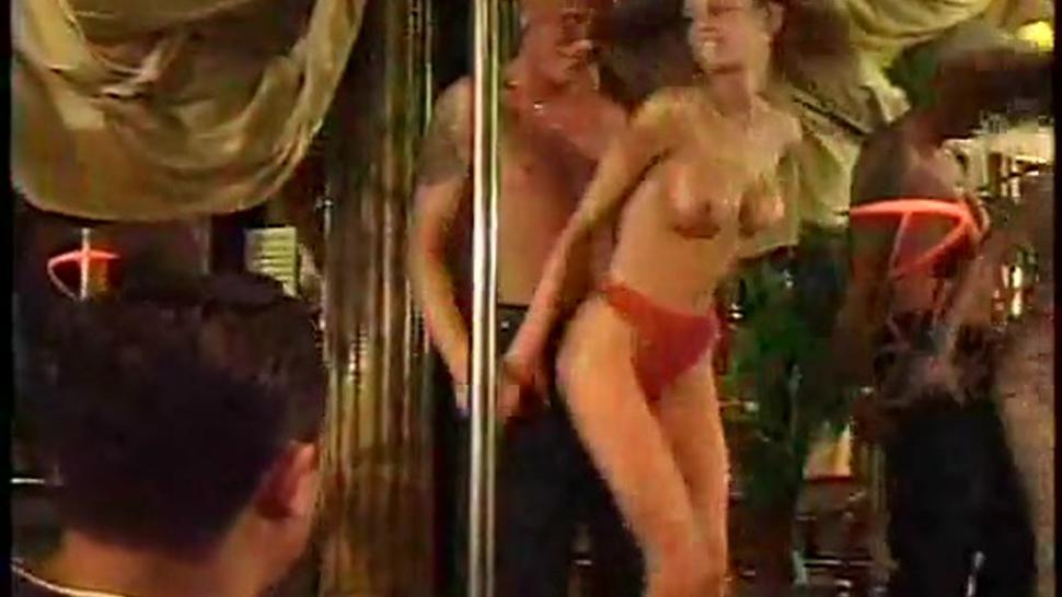 Seductive Strip Club Sexies 3/7