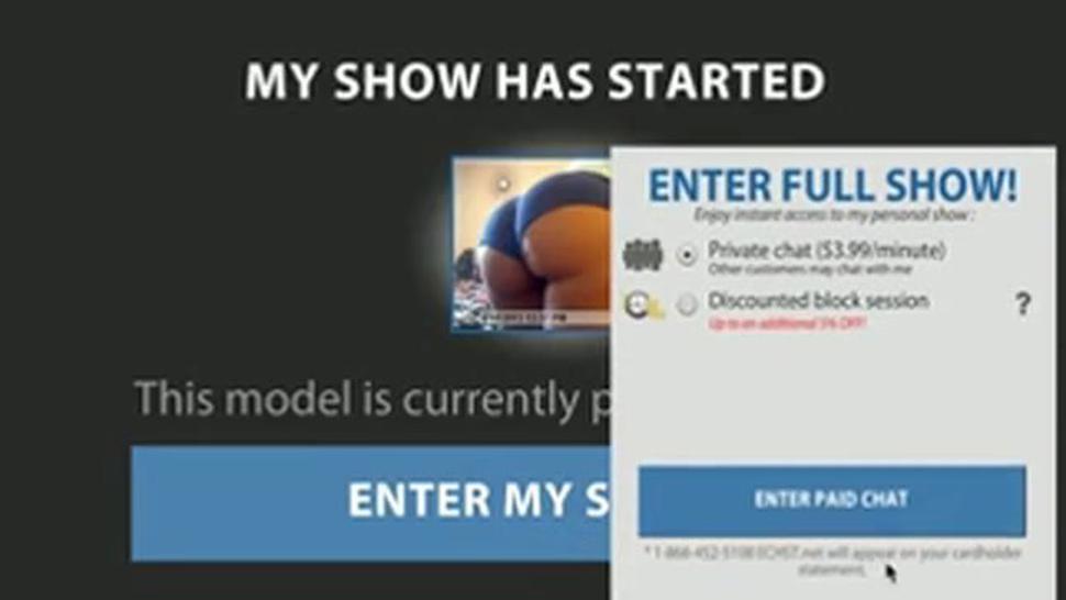 DeeDee Smore shaking that phat ass