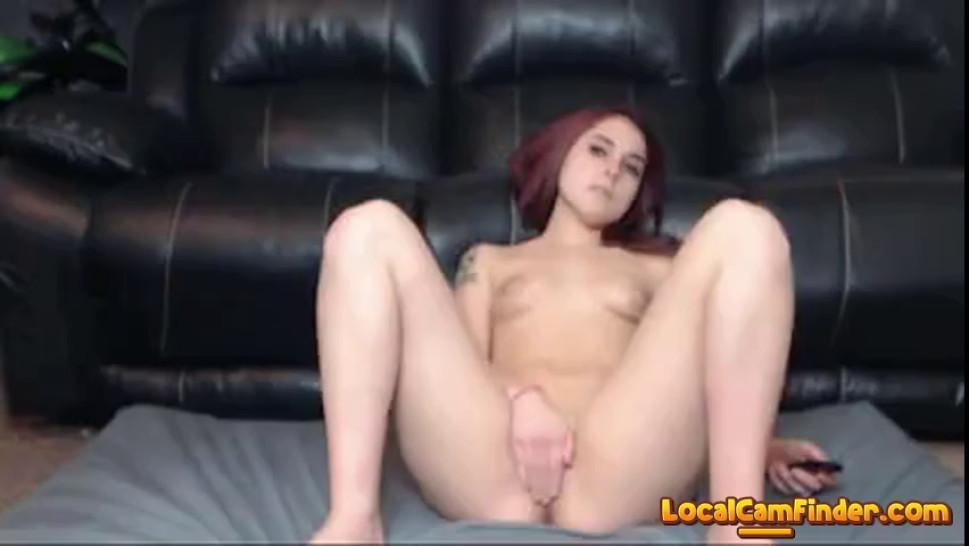 Redhead hottie fucks like a pro on livecam