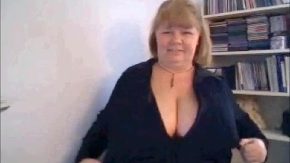 perfect mature webcam