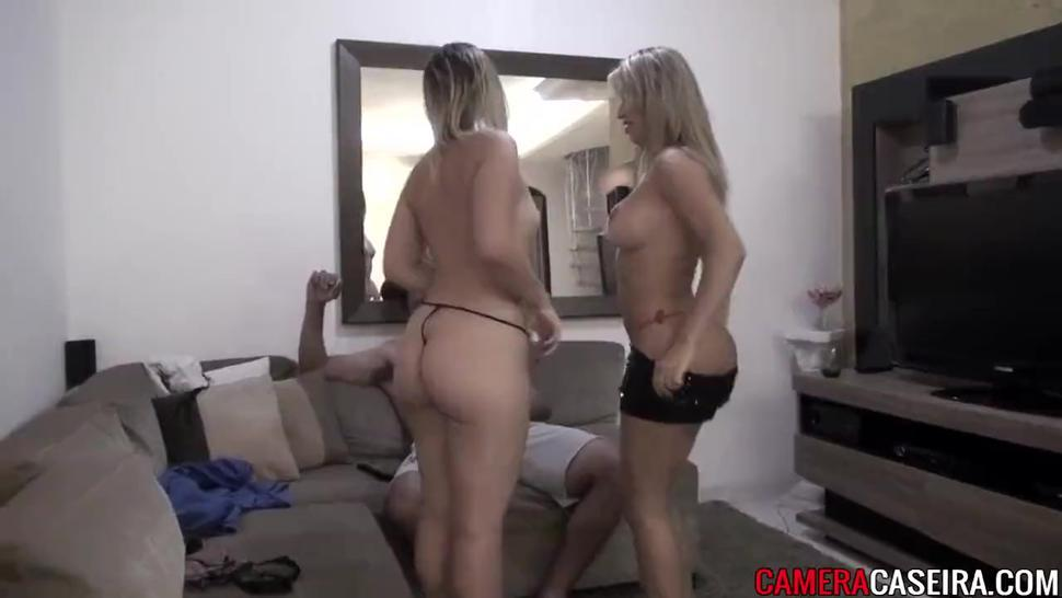 Brasileiras lindas fazem sexo com um homem. Video completo: http://q.gs/DwUw1