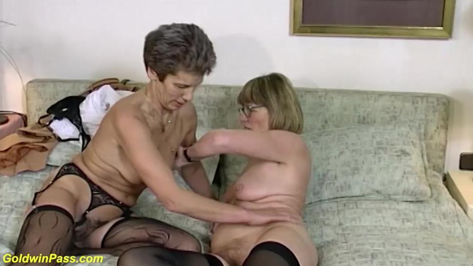 GOLDWINPASS - extreme wild lesbian german grannies