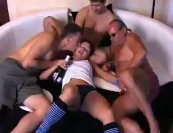 Drunken-8 College sportgirls drunk orgy