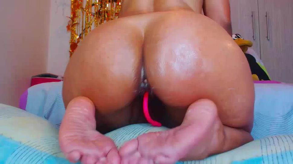 Anyone know this pawgs name?