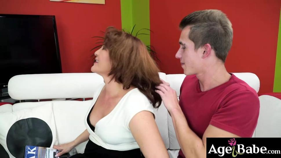 Sexy granny Red Mary go down hard and deep throat with all her skill and experience