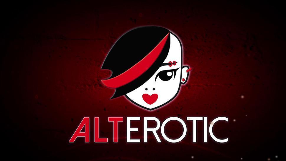 ALTEROTIC - Tattooed cutie Selena Savage masturbates in her panties