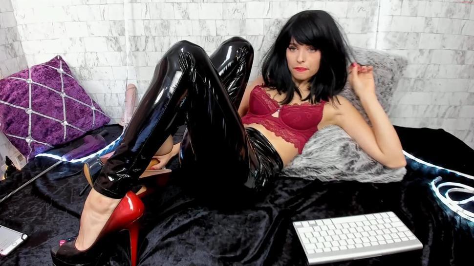 Camgirl in Vinyl Latex Leggings Feet Femdom