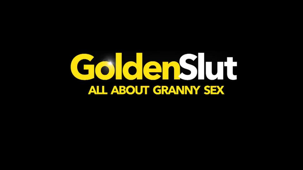 GOLDEN SLUT - Naughty British Grandma Jamie Foster Enjoys an Orgasmic Machine Fucking