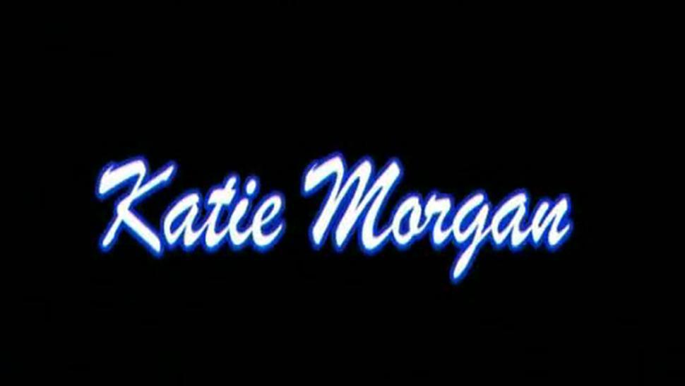 Katie Morgan has sex with hung guy in her bedroom