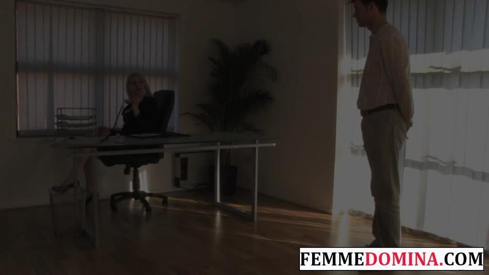Hd/bdsm/femme paddles pathetic her domina