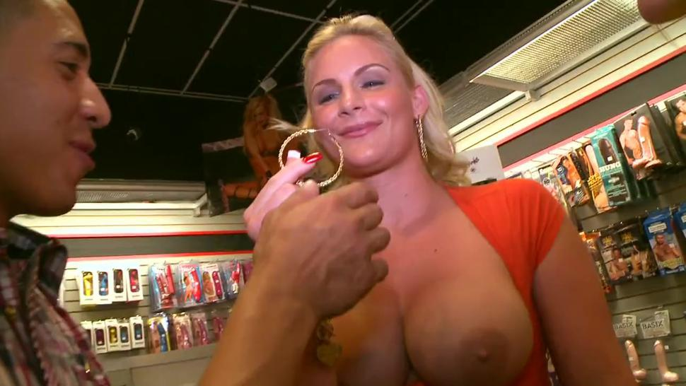 Cheerful cutie phoenix marie with large natural tits fucking