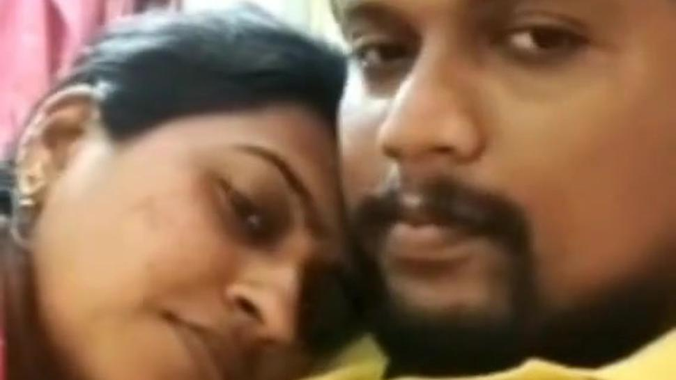 Hot Sri lankan bitch