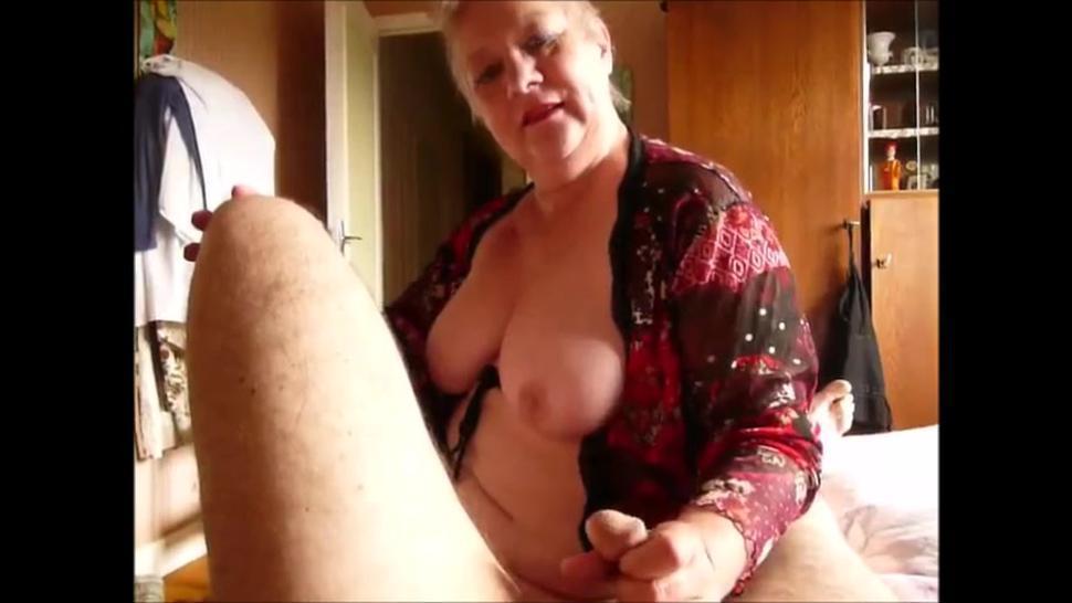 Older mom blowjob handjob cumshot