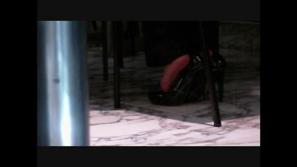 Awesome shoeplay. This girl can't keep her heels on