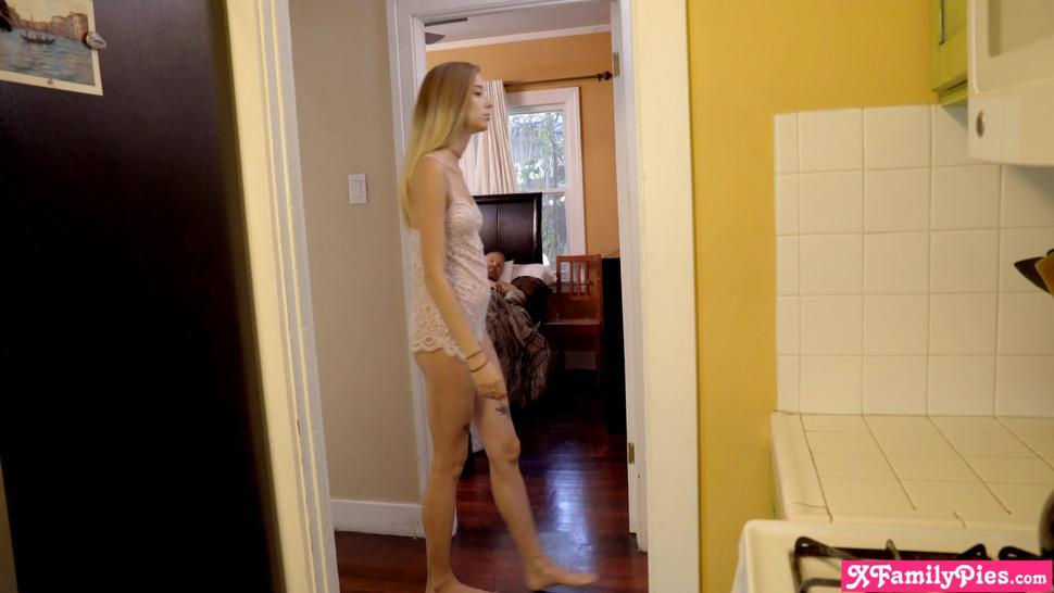 Stepdaughter Haley Reed and stepdad take big risks to get caught by mom